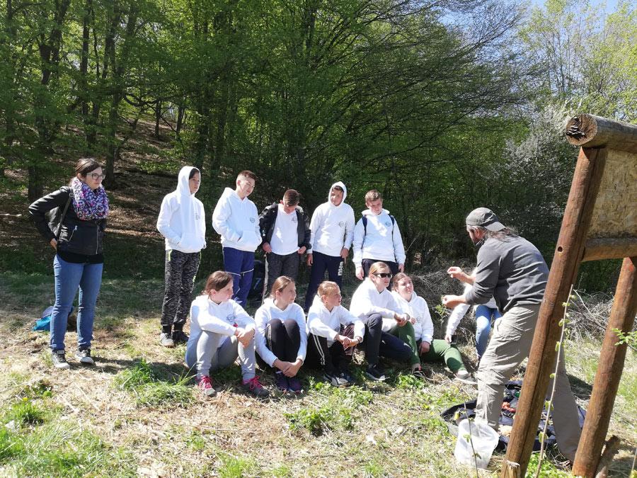 """""""Școala altfel"""" în aria protejată Băgău"""